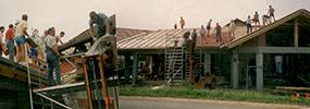 1992:<br>April: Baubeginn für die Ausstellungshalle